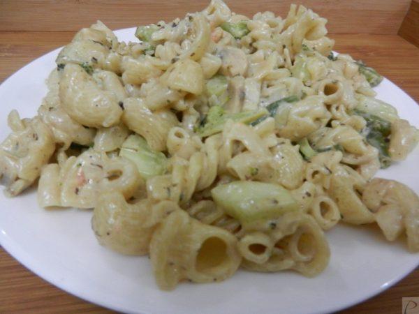 White pasta सफेद पास्ता