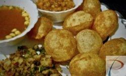 Golgappa/ Puchka/ Batasha/ Pani Puri Platter गोलगप्पा/ पानी पूरी/ पूछका/ बताशा की प्लेट