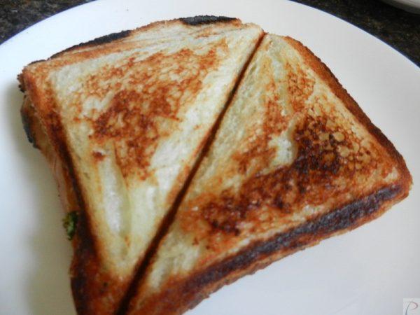Aloo Sandwich आलू सैंडविच