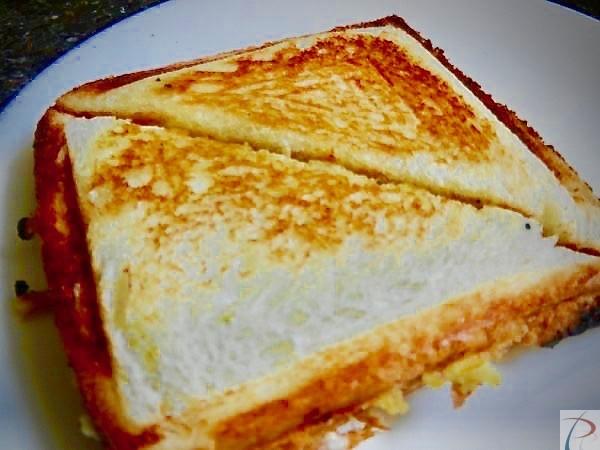 मटर की सैंडविच Matar Sandwich