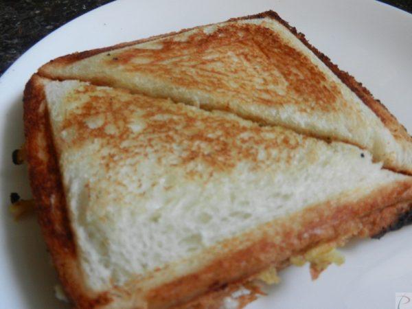 Matar Sandwich मटर सैंडविच