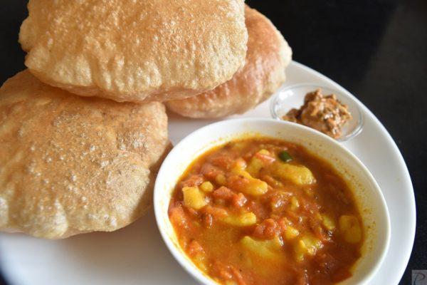 Poori Bhaji पूरी भाजी