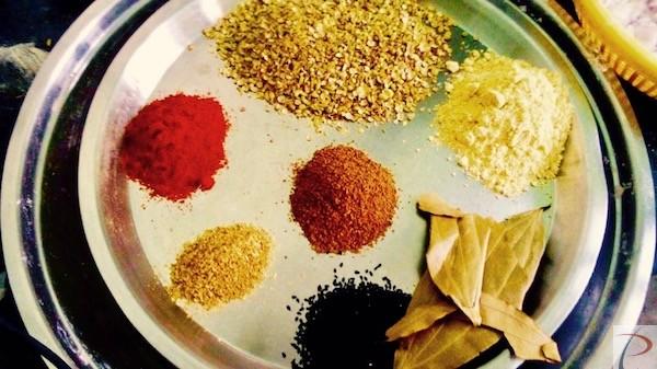 प्याज की कचौड़ी राजस्थानी मसाला Pyaaz ki Kachori Rajasthani masala