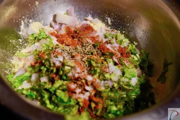 Sattu with ingredients सत्तू मसाले के साथ