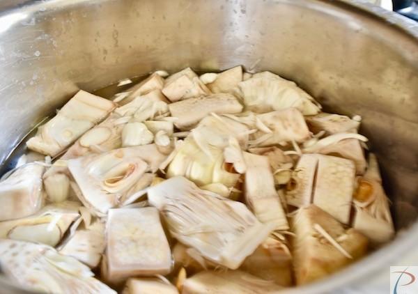 कटहल उबलते पानी में डालें kathal in boiling water