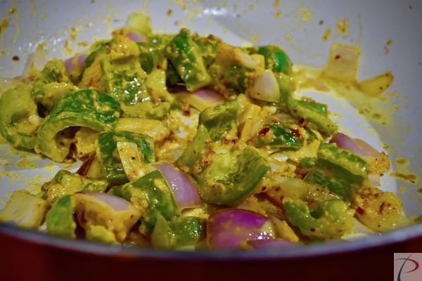 कड़ाही में डालें veg in kadahi