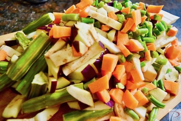 कटी हुई सब्जियां chopped veg