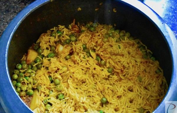 तेहरी पुलाओ कुकर में Tehri Pulao in cooker