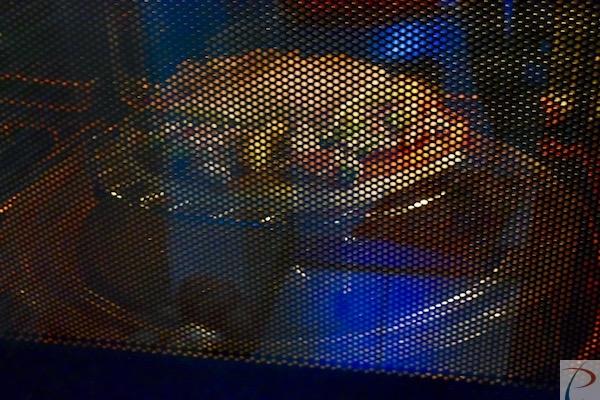 माइक्रोवेव में in microwave